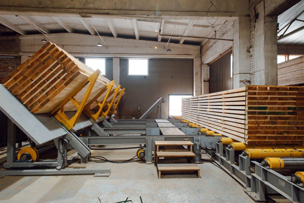 Sawn timber package breaker